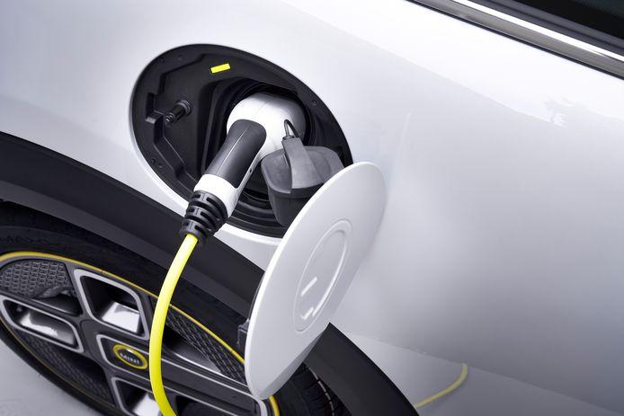 Elektrische Mini Kost 34 900 En Is In 3 5 Uur Op Te Laden Auto Ad Nl