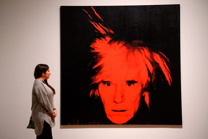 Auto-portrait d'Andy Warhol. Illustration.
