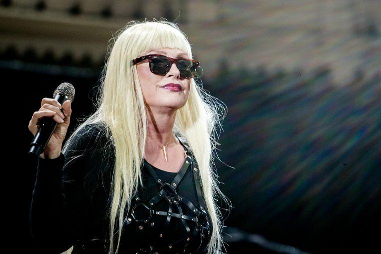 Blondie-zangeres Debbie Harry is ooit vastgebonden en verkracht door een inbreker. Het incident zou jaren geleden hebben plaatsgevonden, nog voordat Blondie bekend werd.