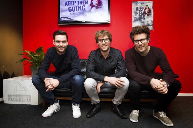 De dj's die dit jaar in het Glazen Huis zitten: Domien Verschuuren (links), Giel Beelen en Paul Rabbering (rechts). Beeld anp