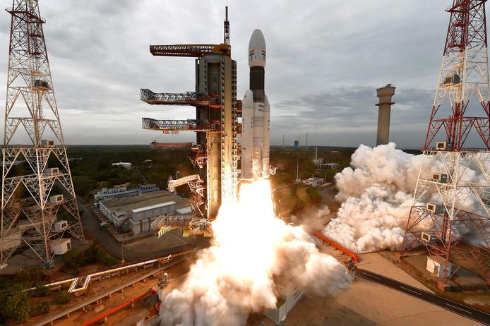 De lancering van de Indiase ruimtesonde Chandrayaan.
