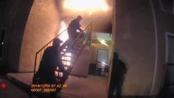 VIDEO. Jongen springt uit brandende flat