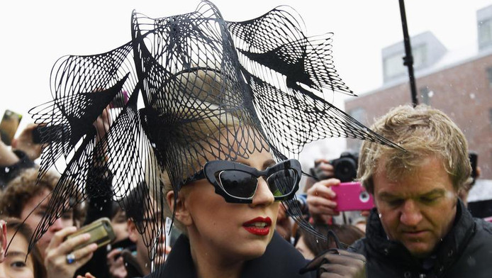 Lady Gaga gisteren op Harvard University.
