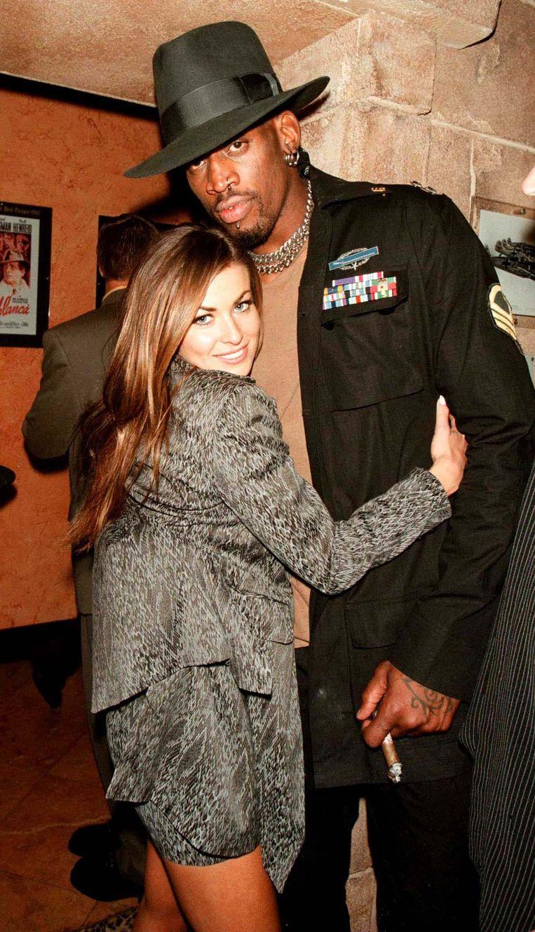 Carmen Electra en Dennis Rodman in 1998. Ook hun huwelijk strandde na negen dagen.
