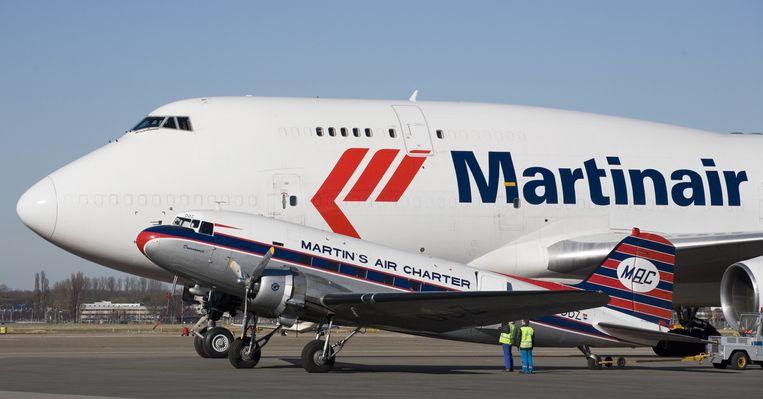 Mocht iemand uit de groep passagiers en stewardessen koorts krijgen, gecombineerd met luchtwegklachten (hoesten), dan moet contact worden opgenomen met de huisarts. Foto ANP Beeld