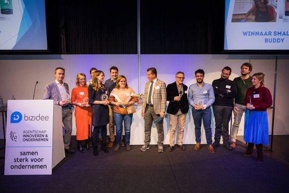 Barbara Dzikanowice, Helena Dzikanowice en Jan Willekens uit Brasschaat wonnen de award voor lokaal ondernemerschap met hun startup Buddy.