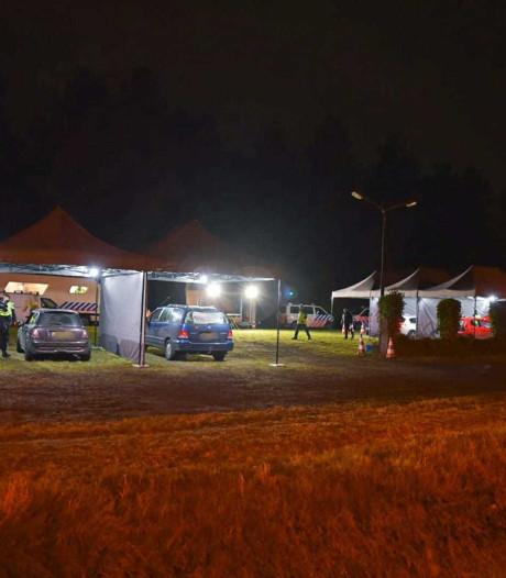 Twee mannen met ruim 140.000 euro in auto aangehouden in Rijen
