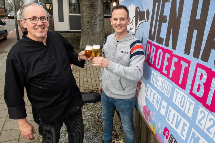 Organisatoren Harry en Rutger Rosman bij caféŽ De Beuk, waar op 13 april Den Ham Proeft Bier wordt gehouden.