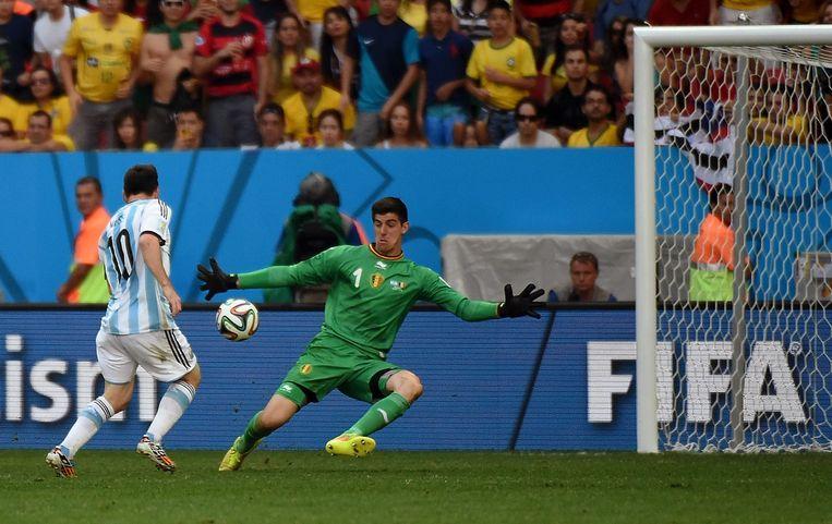 Courtois stopte Messi af toen de Argentijnse ster alleen voor hem opdook in de kwartfinales van het WK in 2014. Uiteindelijk zou Higuaín de enige goal van die wedstrijd maken.