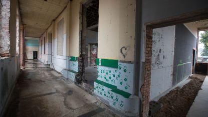 Renovatie ex-school hervat nadat werken jaar stillagen