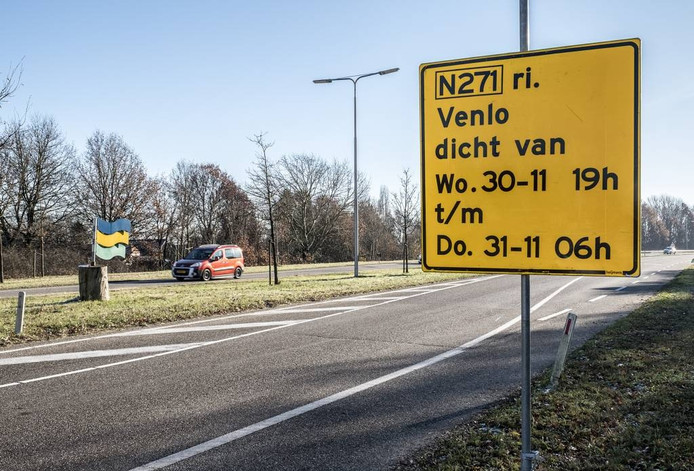 Het bord langs de N271 bij Gennep.