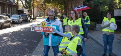 Aangekondigde straatrace in de Kapelstraat in Beek en Donk afgeblazen