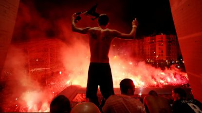 PSG viert dan maar buíten stadion