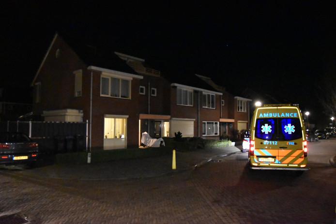 Het slachtoffer van het steekincident in Lobith is met de ambulance naar het ziekenhuis gebracht.