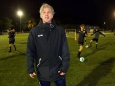Jan de Jong is een telg uit familie vol met trainers: 'Voetbal, voetbal en nog eens voetbal'