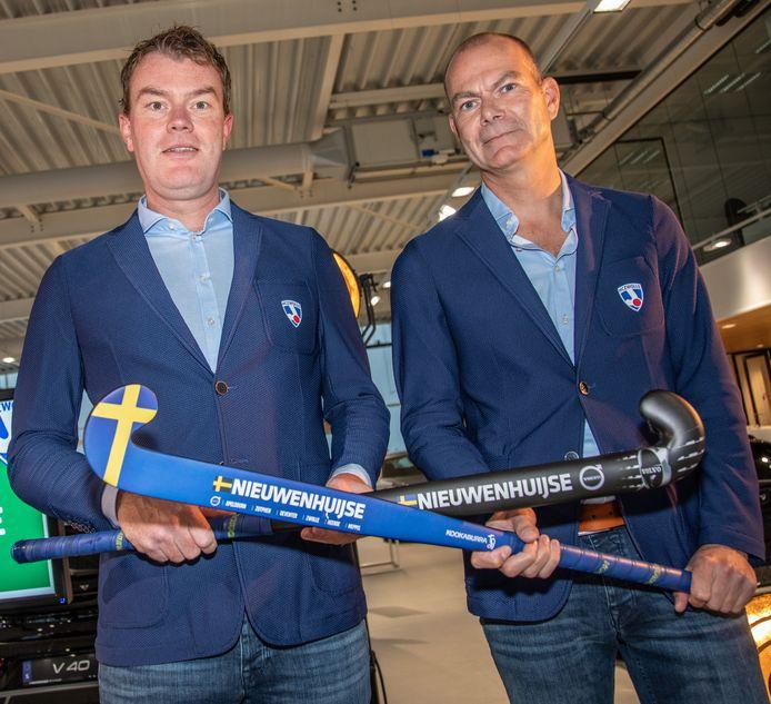 De hoofdtrainers van HC Zwolle: Frank Geers (links, vrouwen) en Pancho van den Broek (mannen).