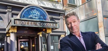 Cabaretier Sjaak Bral komt met oudejaarsconference: 'Vaarwel Corona!'