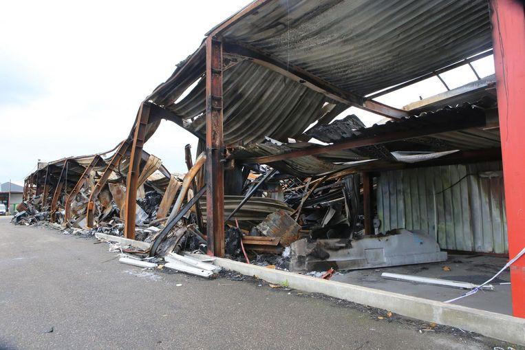 Op 19 mei werd de productiehal vernield door een brand.