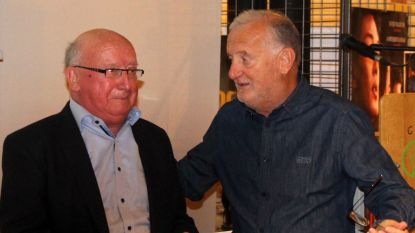 Kris Baert steunt Vriendenkring Zuster Rachel met mooie cheque