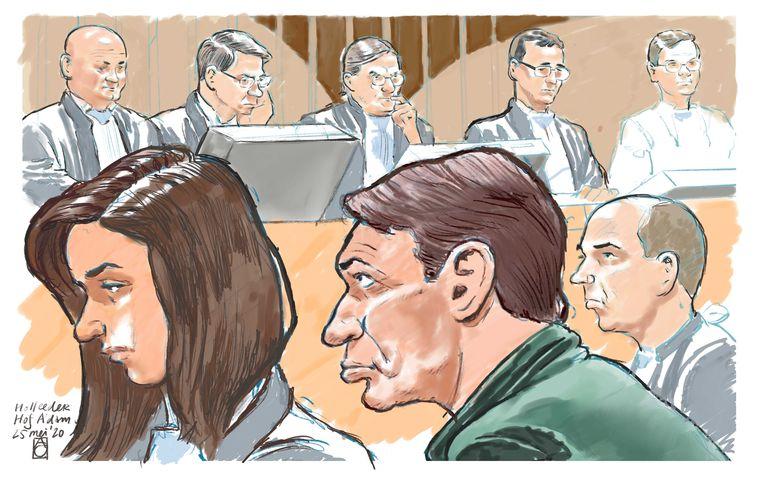 Rechtbanktekening van Willem Holleeder tijdens de eerste regiezitting van het hoger beroep. In juli 2019 werd Holleeder tot levenslang veroordeeld voor een reeks moordopdrachten. Beeld ANP