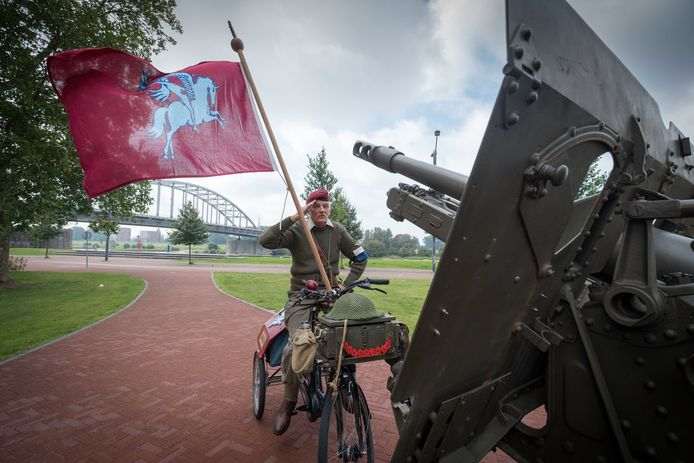 Arnhem 0908- Gerard Stegeman alias airbornemilitair /177567