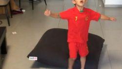 VIDEO. Vierjarige superfan aapt subliem omhaal van Ronaldo na