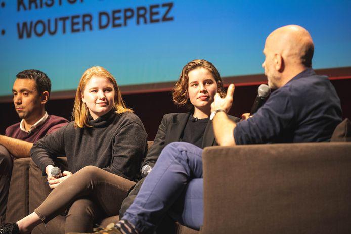 Anuna en Kyra werden geïnterviewd door moderator van dienst Nic Balthazar.