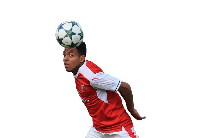 Donyell Malen in dienst van Arsenal.