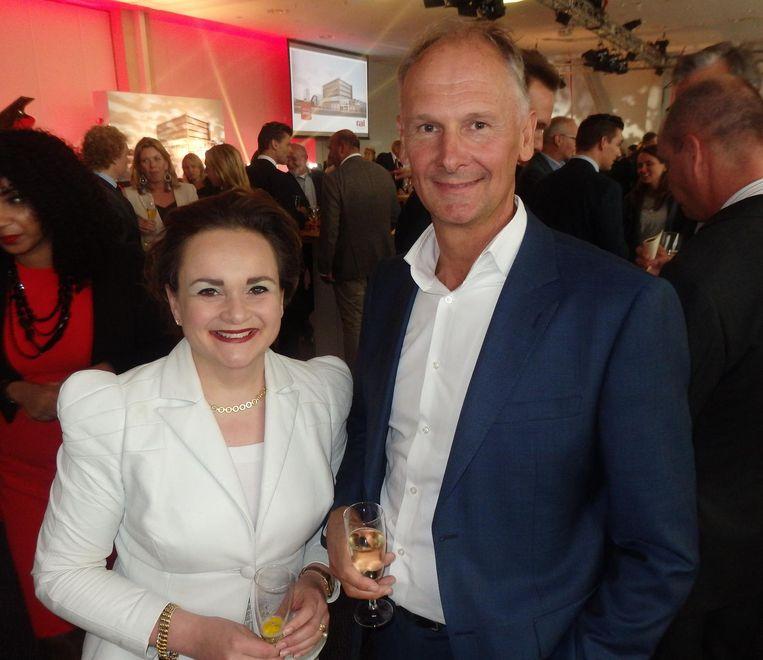 GVB-directeur Alexandra van Huffelen en financieel topman Tom Middelkoop. Beeld Iris van Lunenburg