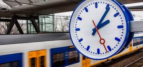 Drukte op station Den Bosch door aanrijding met persoon richting Utrecht