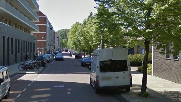 De Piet Mondriaanstraat in West, waar het zestal aangehouden werd Beeld Google Streetview
