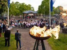 Bevrijdingsvuur ontstoken in Baarn; regio viert vrijheid