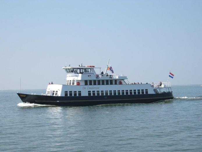 De Zuiderzee is één van de veerboten die ingezet wordt op de veerdienst naar de Marker Wadden.