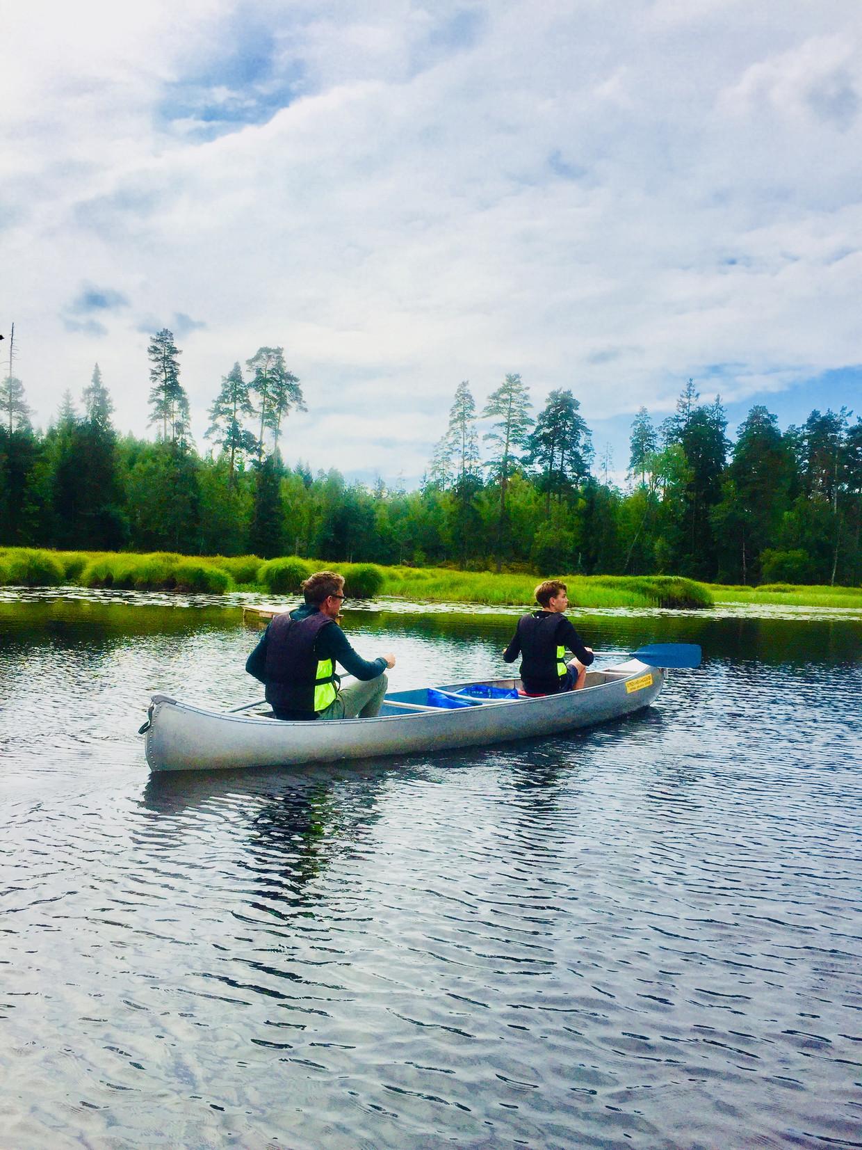 Prachtige meren om te kanovaren vind je ook in Zuid-Zweden Beeld
