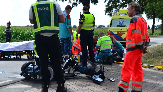 Bij een ongeval in Deurne is een 88-jarige vrouw om het leven gekomen.