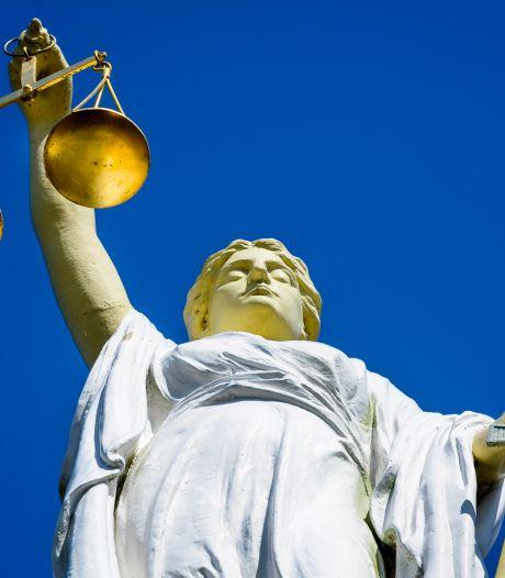 Lagere straffen voor drughandel en wapenbezit: zaken lagen te lang op de plank