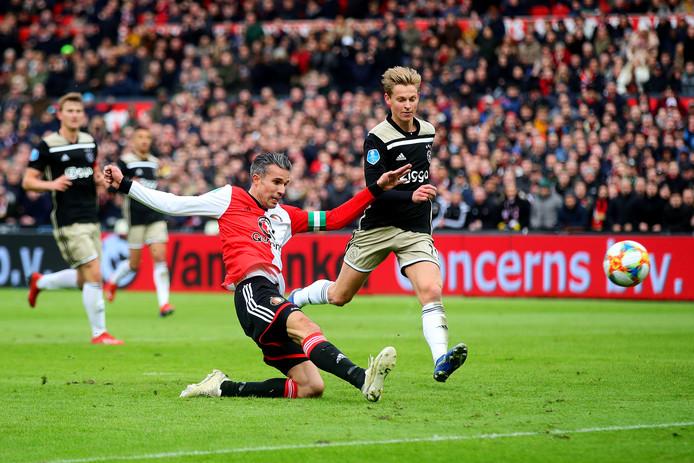 Robin Van Persie met de 3-2.