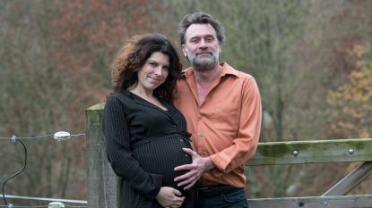 """Zanger Daan en zijn vriendin Michelle verwachten een kerstkindje: """"Hier durfde ik niet meer van dromen"""""""