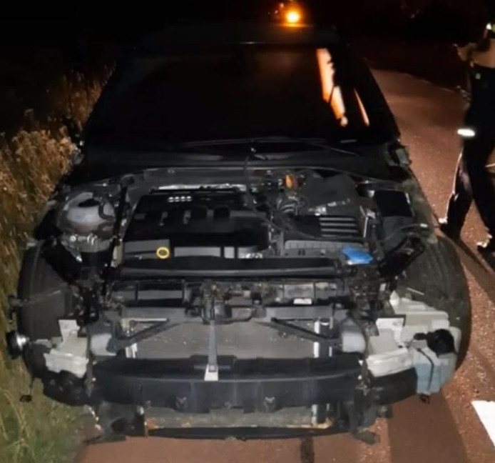 Auto gestript in Tilburg