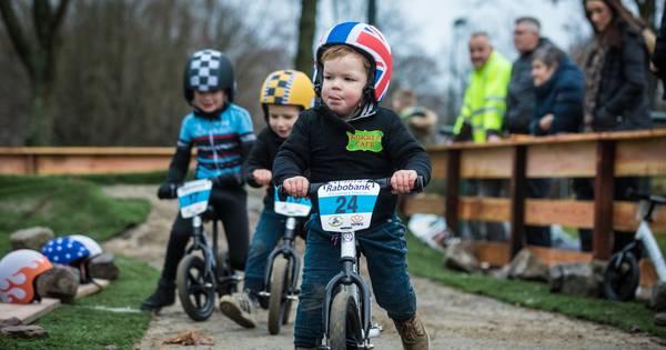 Oldebroek heeft primeur loopfietsenbaan: 'Begin voor mountainbiken'