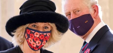 Charles en Camilla zetten reacties op sociale media uit naar aanleiding van The Crown
