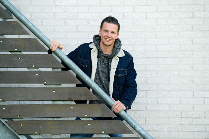 SC Emma-voetballer Joey Steenbakker wil bij EBOH nog één keer kijken of hij op een hoger niveau mee kan.