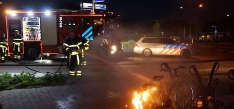Brandweer blust brandende fiets in Sprang-Capelle