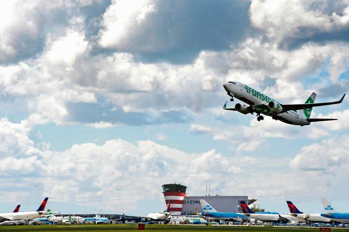 Fotobewerking. Klein Schiphol bij Lelystad Airport. @Jan Leening