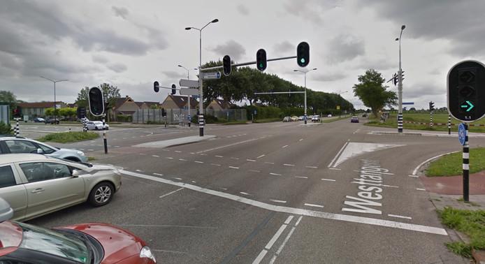 Het kruispunt waar het 15-jarige meisje werd aangereden.