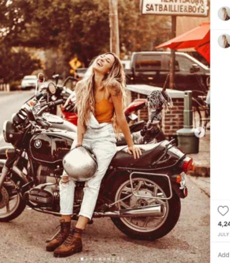Influencer onder vuur door 'mooie foto's' van haar motorongeluk