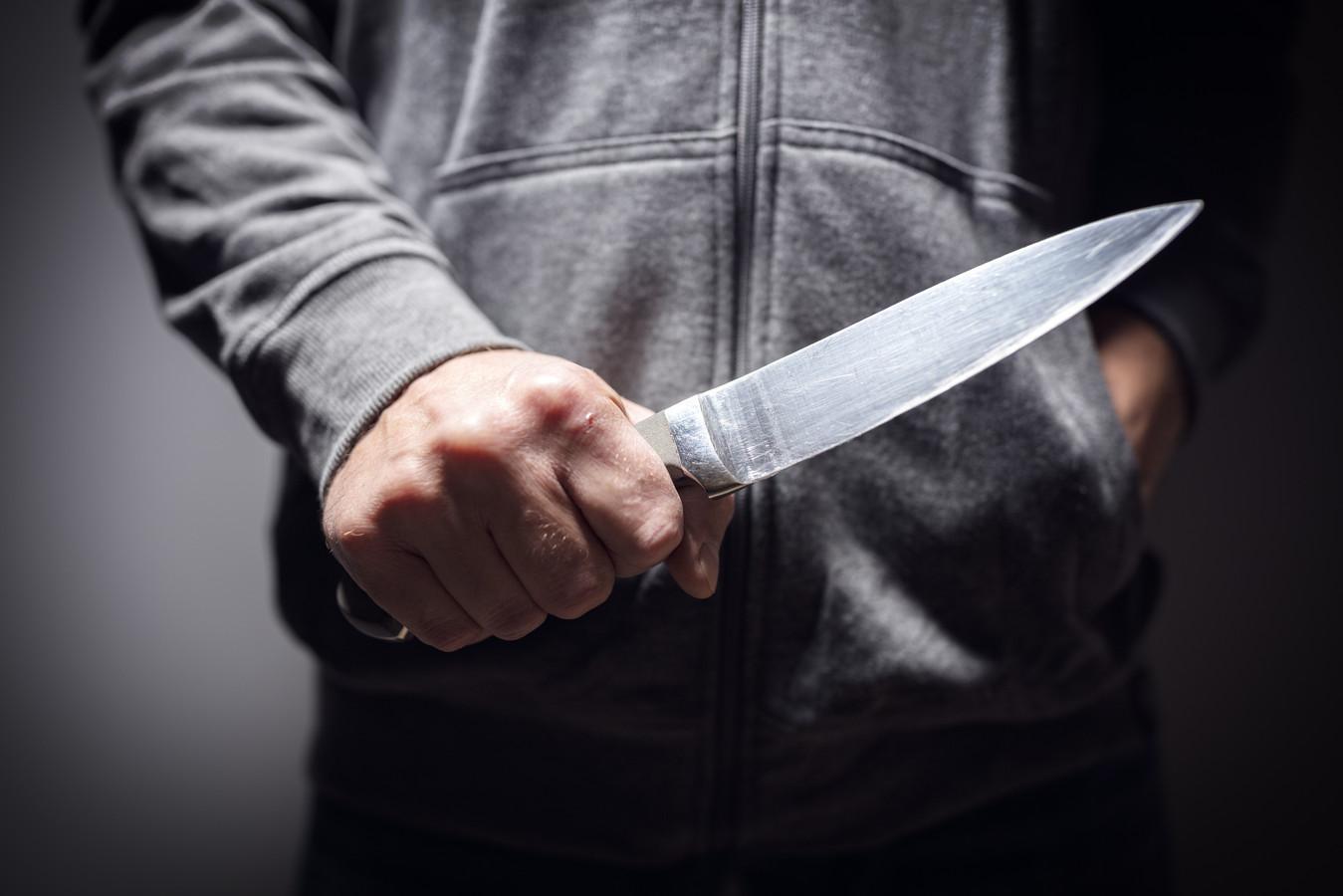 Steeds meer jongeren lopen met een mes op zak rond.