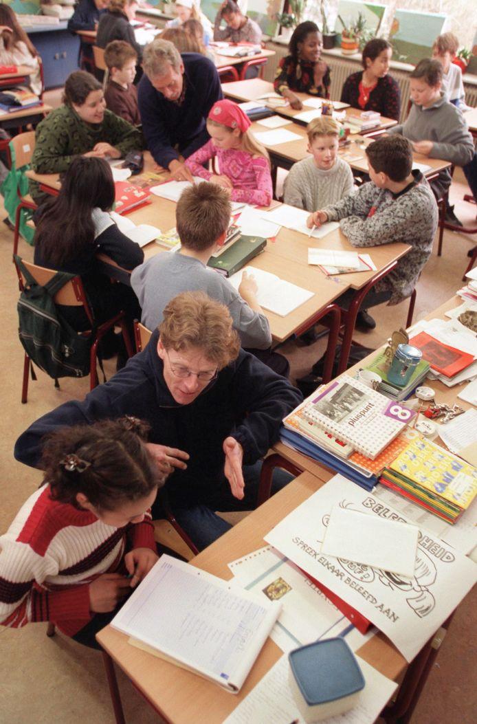 'De problematiek waar de leraar in de dagelijkse praktijk voor gesteld wordt, is gewoonweg te groot'.