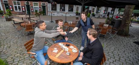 Deze winter aan een biertje op een verwarmd en overdekt terras? Ondernemers dubben nog