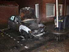 Flinke schade aan auto na brand in Bergen op Zoom